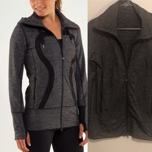 Lululemon stride jacket size 8 dark grey